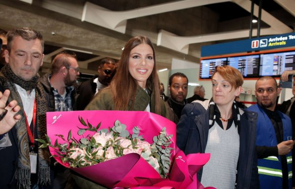 Iris Mittenaere - Retour en France
