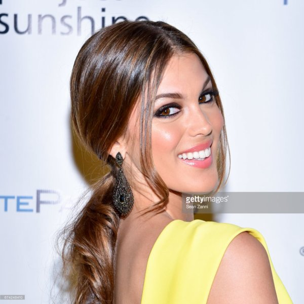 Iris Mittenaere - Brighter Together