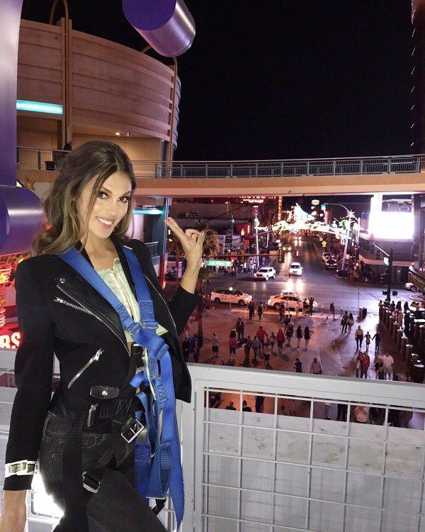 Iris Mittenaere - Las Vegas
