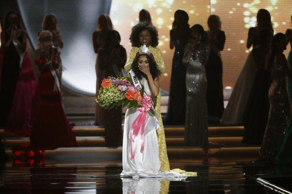 Iris Mittenaere - Miss USA