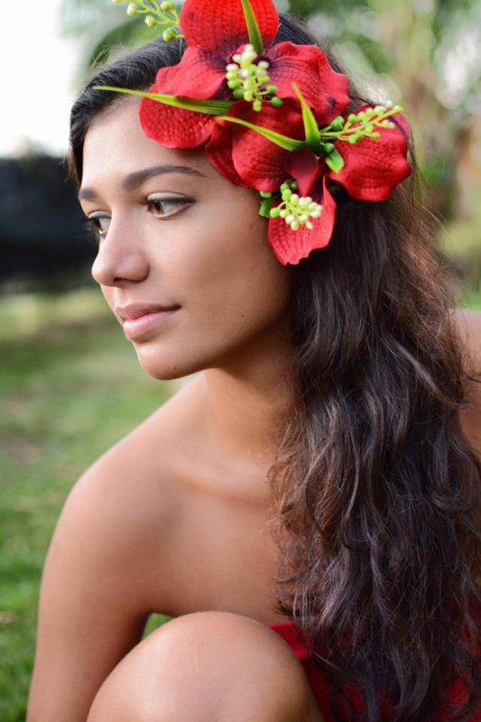 Miss Tahiti 2017 - Turouru Temorere