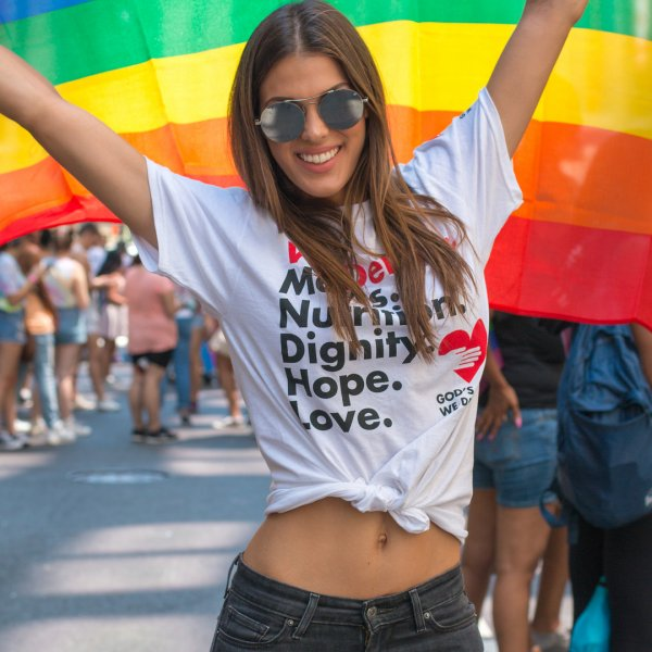Iris Mittenaere - Gay Pride