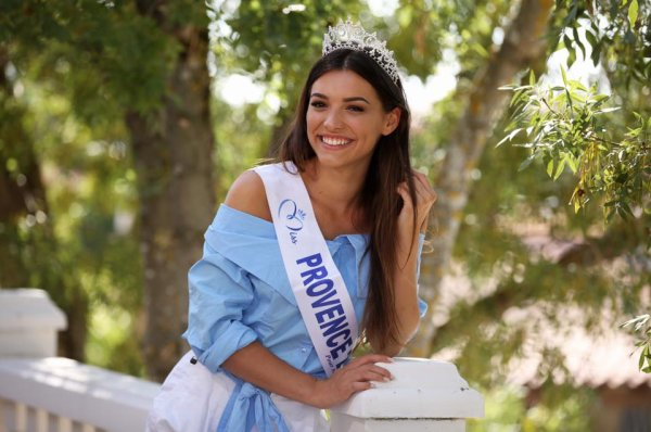 Miss Provence 2017 - Kleofina Pnishi