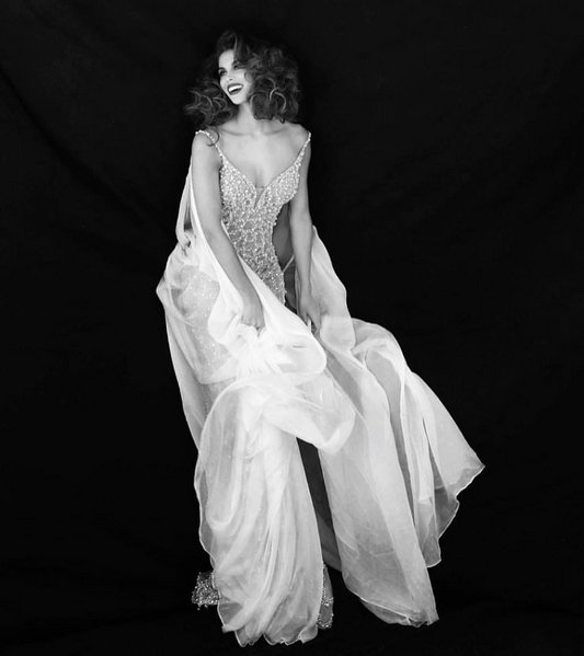 Iris Mittenaere - shooting photos