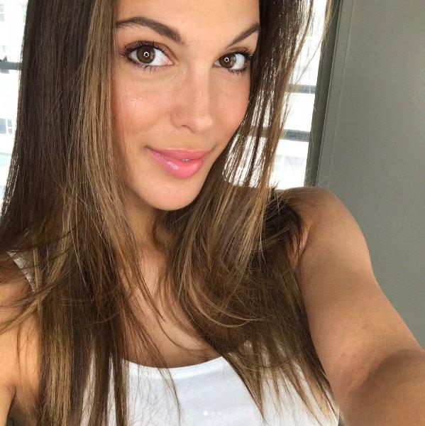 Iris Mitteanere - Facebook Live