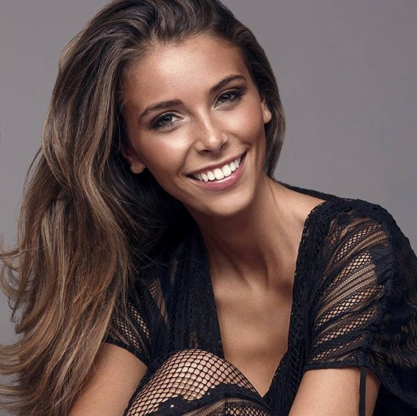Eva Colas, Miss Corse 2017 - les-missfrance 12f5c40ca17