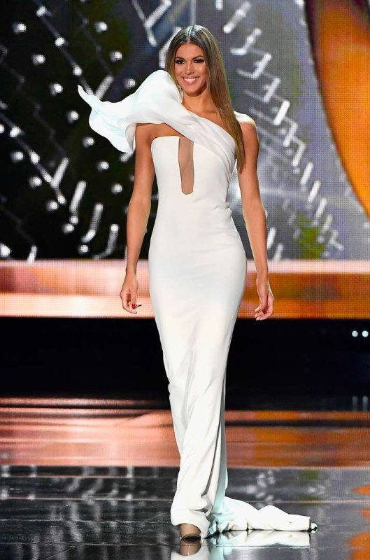 Iris Mittenaere - Election Miss Univers