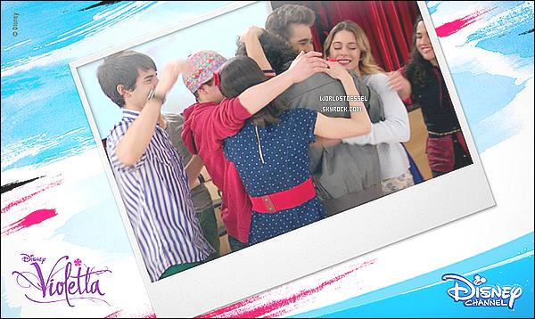 .                                                                                                                                                                                                    _'VIDEO'_ - Découvrez une vidéo où Martina recommande la Colecta TECHO pour faire un don !                                                                                                                                                                               .