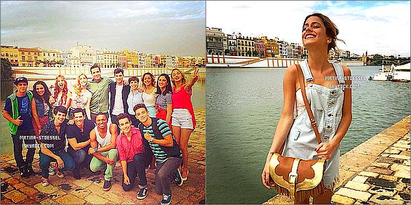 """.                                                                                                                                                                                       FAN SHOOT - Martina Stoessel, appelée """"Violetta """" a pris des photos avec ses fans à Séville en Espagne                                                                                                                                                                                       La star aime beaucoup ses """"#Tinistas """" (nom donné à ses fans), elle les admire beaucoup, elle reste toujours souriante avec eux ! Ton avis ?                                                                                                                                                                                         ."""