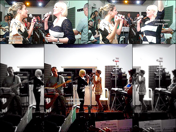.                                                                                                                                                                                       06/11/14 : Notre star a continué à répéter pour le concert organisé au Grand Rex '(Arg.) avec Mme Lynch.                                                                                                                                                                                        Les deux dames se produiront dans deux jours (09 novembre) ! Pour aller répéter, elle a adopté une mini-robe vintage, j'adopte & vous ?                                                                                                                                                                                      .