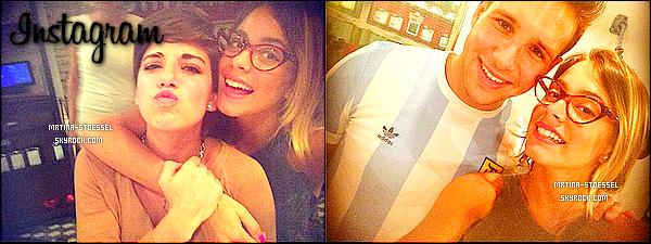 .                                                                                                                                                                                         29/11/14  : Un quart des acteurs de Violetta ont fêté le départ de Damien L. & Macarena M. en - Argentine.                                                                                                                                                                                        Après la fin du tournage, Maca. & Damien rentre dans leur demeure, au Mexique & en France. Nous ne voyons pas la tenue de Martina...                                                                                                                                                                                         .