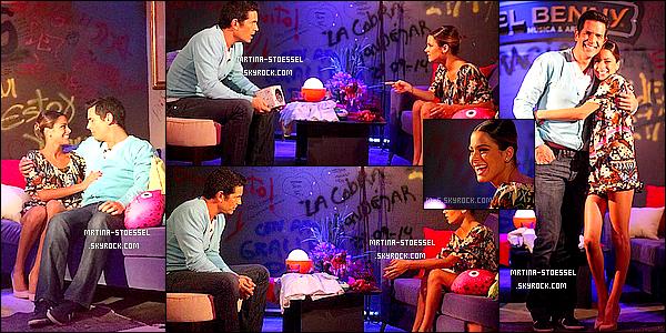 .                                                                                                                                                                                        13/12/14  : Martina Stoessel est passée à l'émission télévisée argentine « Lengua Viva » sur la chaîne CN23.                                                                                                                                                                                        On y voit Tini S. très souriante pendant l'émission. Elle était en compagnie de Diego Ramos. Un très beau Top pour son style ethnique !                                                                                                                                                                                         .