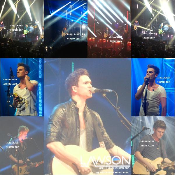 """Le 06/11/2012 - Le groupe Lawson continue leur tournée « Hometown Tour » cette fois ci à """"KOKO"""" ! Ce concert avait l'air d'être le meilleur du HT !"""