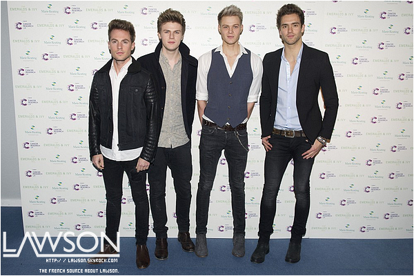 Le 30/11/2012 Le groupe Lawson était à l'émission d'Allan Carr: Chatty Man, pour chanter leur tube « Taking Over Me » ENJOY. !      TOP : ✰✰✰✰✰