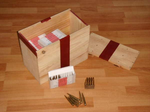 Reproductions : Boîtes de munitions CAL.30 ....