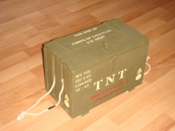 Caisse TNT ....