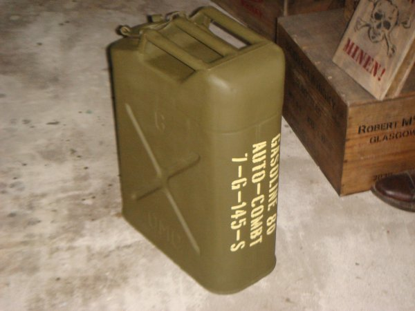 Restauration jerrycan US 1943 ....