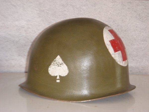 Casque medic - 506th PIR