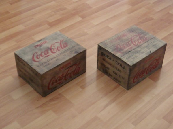 Caisses COCA-COLA ....