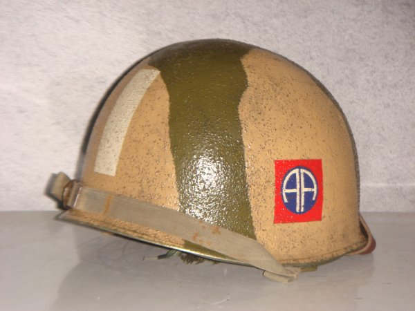 Casque 82th AIRBORNE ( Pour Fred ) .....
