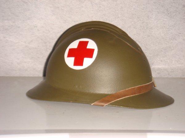 Casque mdl 26 - Médic ( pour mon fréro ) ....