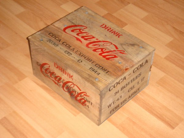 Caisse COCA-COLA ( type US WW2 ) ....
