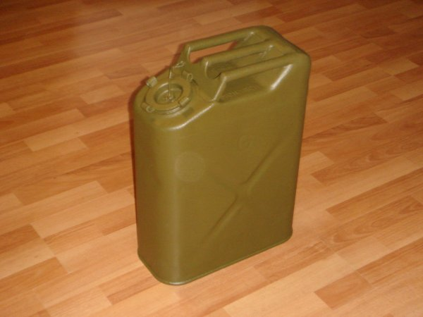 Restauration jerrycan US ....