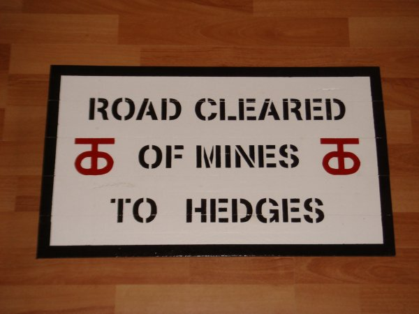 90Th Infantry - ROAD CLEARED OF MINES TO HEDGES ....