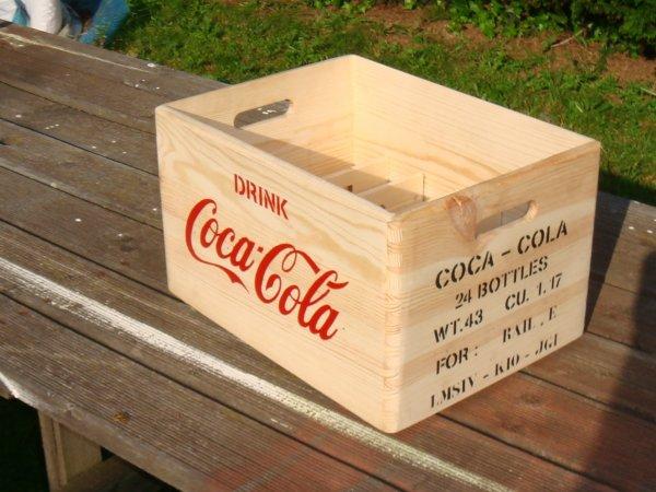 Caisse COCA-COLA ( type US WW2 ) ....