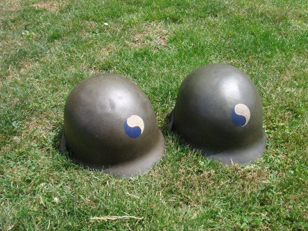 2 casques - 29th Div US ( Pour Hervé ) ...
