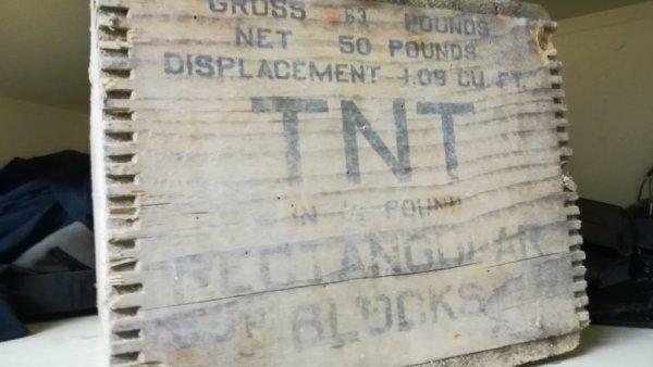 Restauration caisse TNT Rectangulars blocks ....