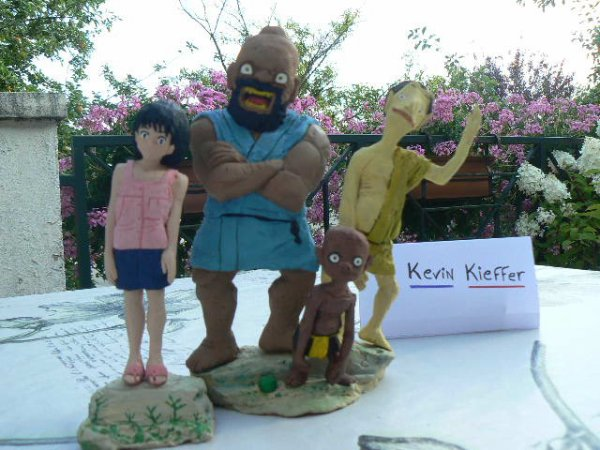 Lettre à Momo statuettes (Momo e no Tegami statues) MOC par