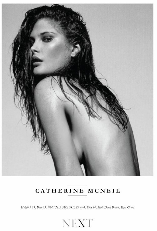 Catherine McNeil Showcard. Absolument suuuperbe !