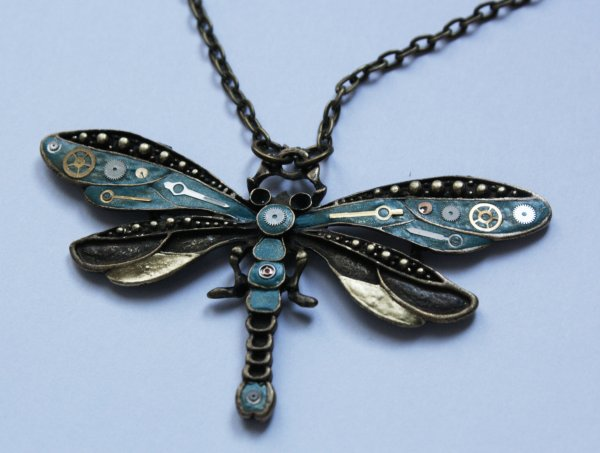 *~* Collier libellule inspiration Steampunk *~*