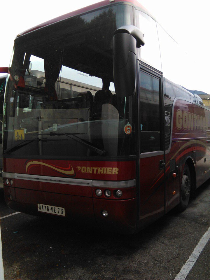 9476 VE 73 : VanHool T916 Acron