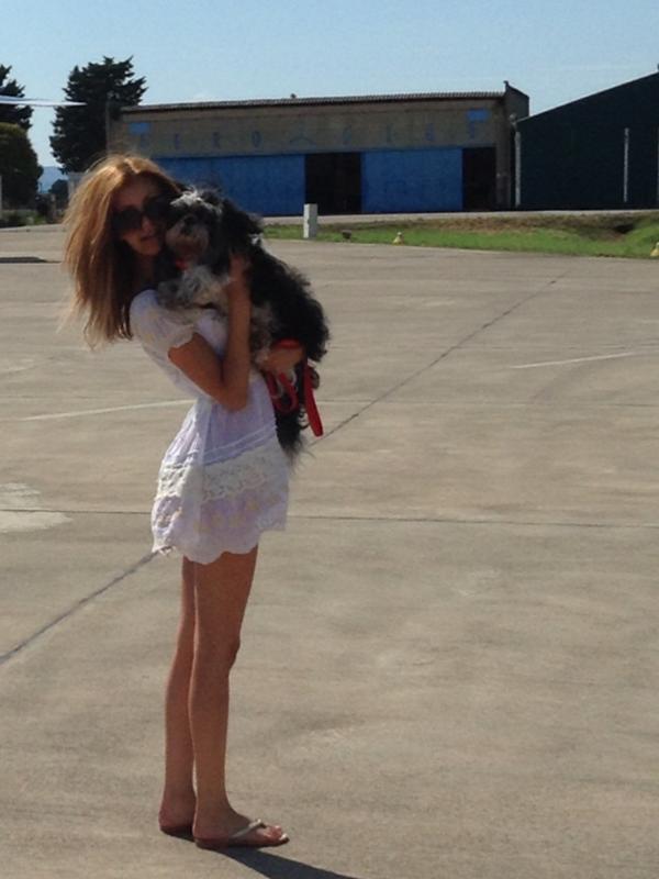 Petite photo à l'aéroport avec mon petit bébé Enzo ! Décollage imminent :)