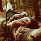 Et finalement au fond c'est toujours les mêmes sujets. La vie, l'amour, l'amitié, les larmes, les trahisons et enfin la mort ...