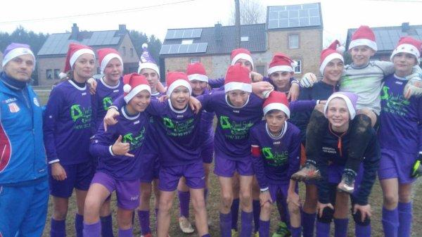 Bons réveillons :) :) :) :) :) :) :) et .... Joyeux Noel :) :) :) :) :) :) :)