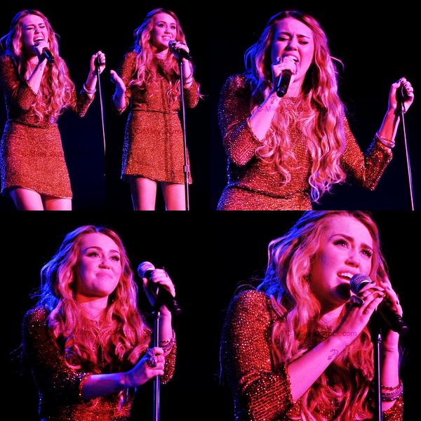 04.12.2011   -   Miley Miley au Trevor Live 2011.    Miley, comme prévue, a participé àl'évènementhier au Hollywood Palladium. L'évènement a été organisé par The Trevor Project et Google Inc. Côtétenue : Pour cet évènement, j'aime beaucoup la robe pallettes . Note : 9/10. Commentaire sur la note: Miley a assuré pour l'évènement ! Ton avis et ta note ?