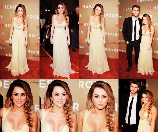 """ÉVÈNEMENT - 11.12.2011   -   Miley  au CNN HEROES ALL-STARS TRIBUTE.    On enchaîne les évènements! Notre belle et magnifique Miley a été présente à l'évènement """"CNN HEROES ALL-STARS TRIBUTE"""" avec l'homme de sa vie sur le tapis rouge Sa tenue : OMG qu'arrive t-il à Miley c'est tout dernier jour ? MAGNIFIQUE ! Miley est juste sublime, la forme de la robe et splendide, la coiffure encore splendide, j'aime tout dans cette tenue, j'aimerai tellement la même robe! Miley(depuis tout jour) est M.A.G.N.I.F.I.Q.U.E !  Note : 10/10. Commentaire sur la note: Pour moi, Miley tu fais un gros TOP. Ton avis et ta note ?"""