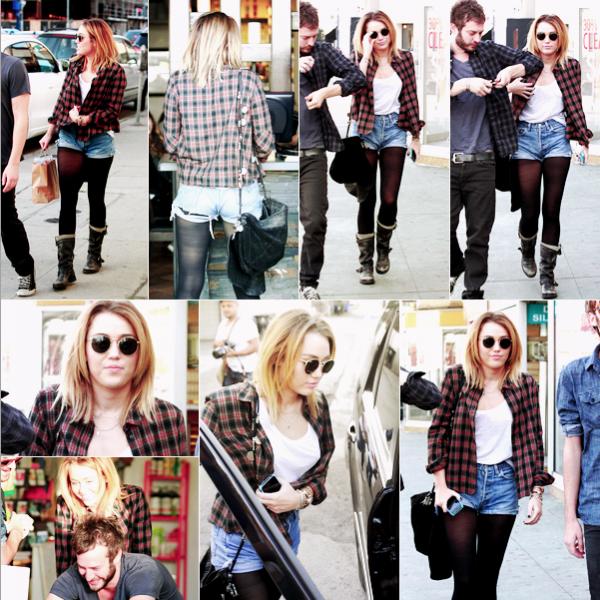 20.01.2012  -  Miley, son ami Cheyne et un autre ami sont partis déjeuner, on dirait que Miley a changé de coiffure !Sa tenue :J'aime beaucoup cette tenue, pour moi c'est un TOP . Note : 9/10. Ton avis et ta note ?