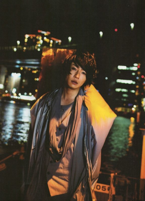 Magazine / Traduction Midnight Escape - Mgirl 2011 {Aiba Masaki}