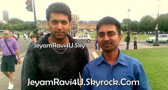 jeyam ravi with fan ( engeyum khadhal shooting spot )