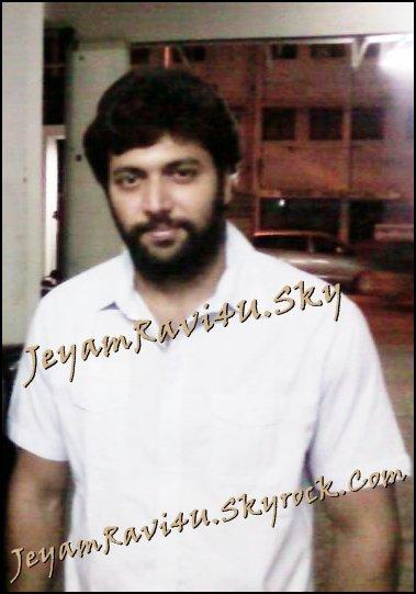 'Jayam' Ravi hurt by Ameer's verbal volleys?