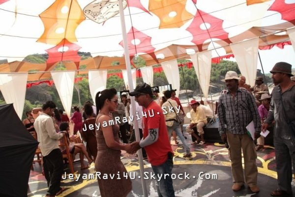 Exclusive New Pics : Jeyam Ravi  from aadhi bhagavan