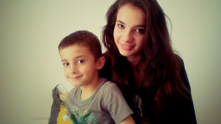The love of a brother is there a more beautiful♥