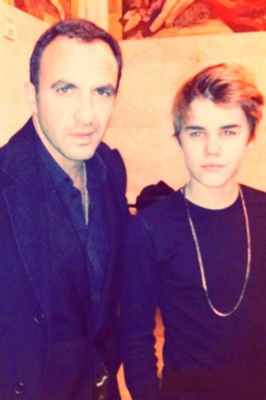 """Le 30.11 Justin en France à Paris et sur NRJ. Et aussi Nouveau son """"Latin Girl"""""""
