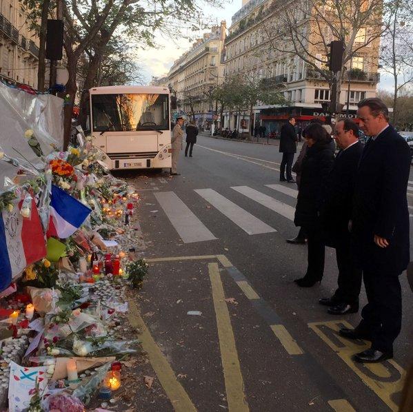 Cameron et Hollande: pour des frappes en Syrie contre l'Etat islamique
