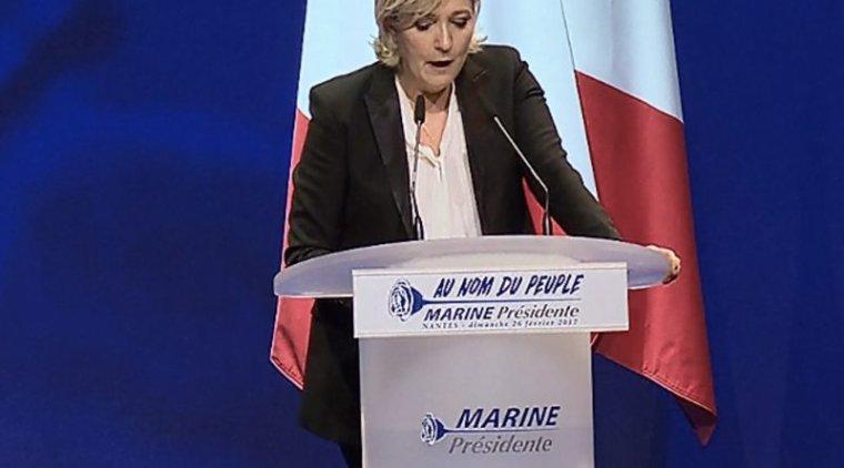 Marine Le Pen convoquée par les juges, elle n'y répondrait pas à cette convocation