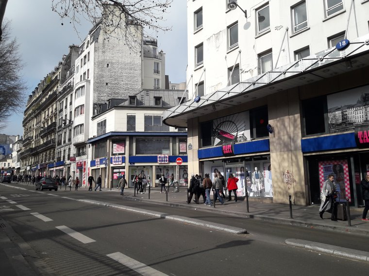 Paris: Le magasin Tati à Barbès menacé de fermeture